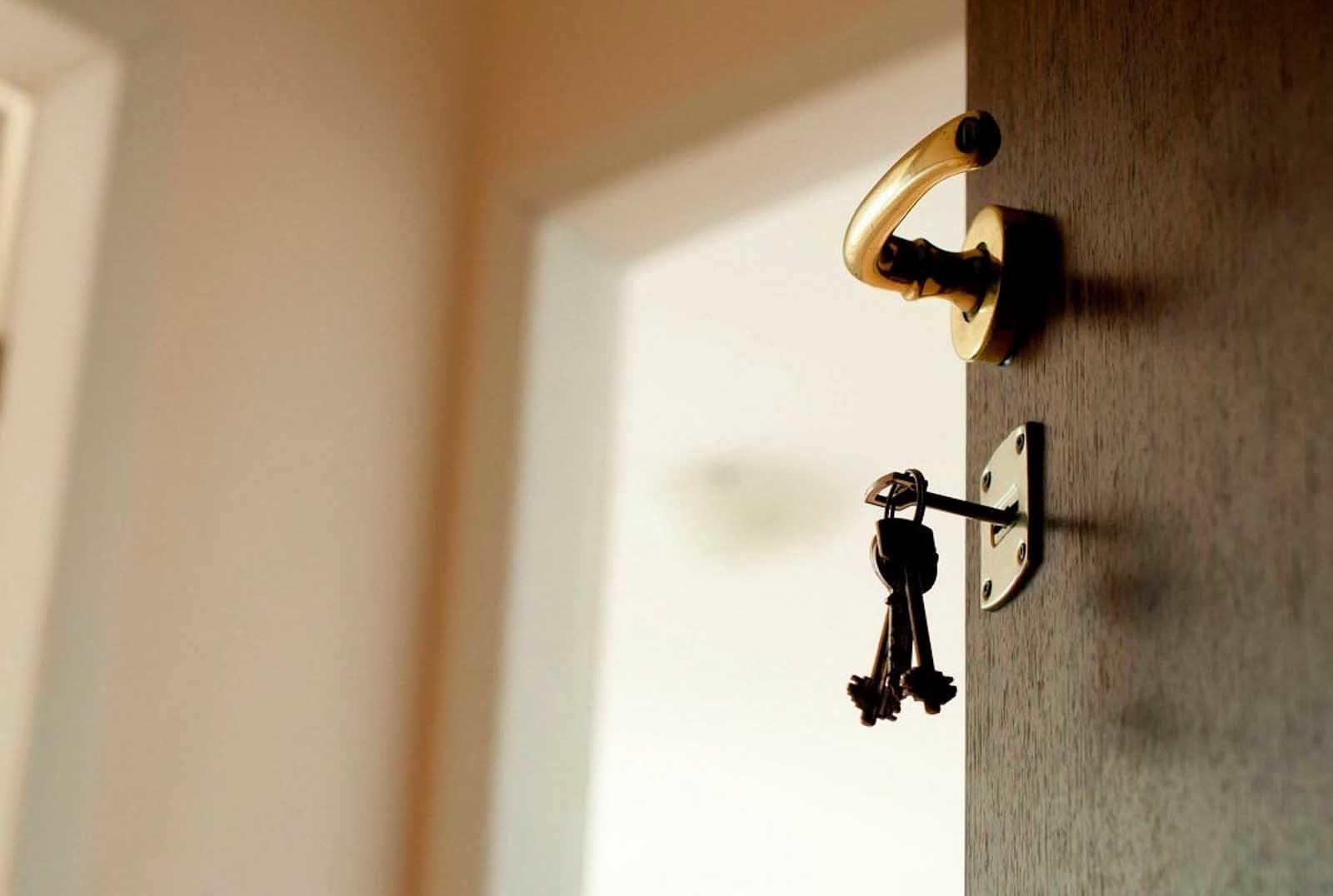 Как выписать человека из приватизированной квартиры без его согласия