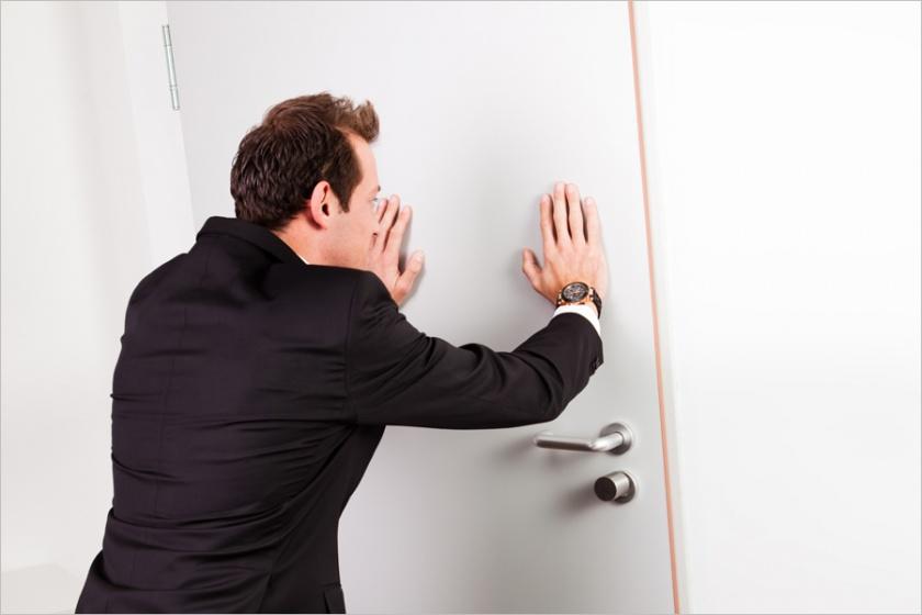 Как выписать человека из квартиры без его согласия если я собственник: как выселить не собственника из дома и порядок обращения в суд